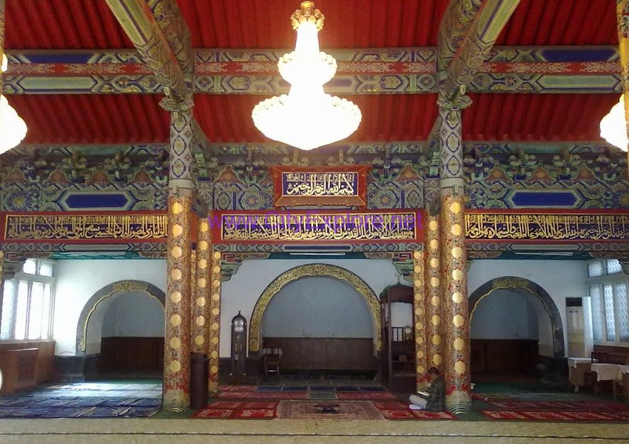 The worship hall of Dongsi Mosque