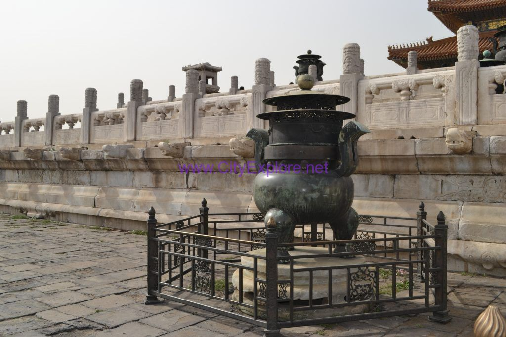 The Copper incense burner in front of the Taihe Palace(the Hall of Supreme Harmony)